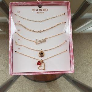 Steve Madden Necklace Set